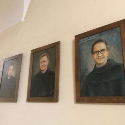 Klasztor słynny z portretów